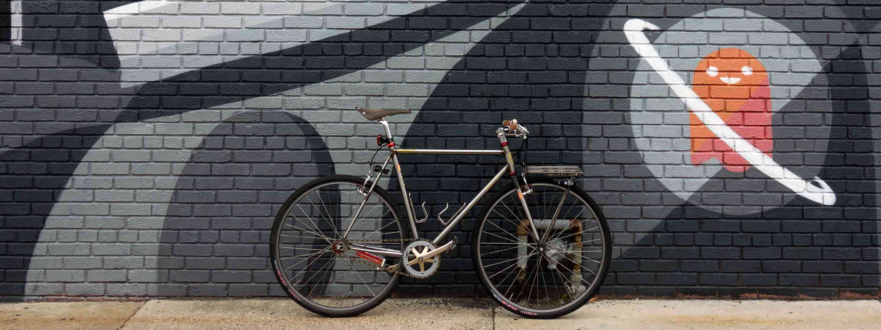 My Cinelli Mash Work Bike in front of a mural in RVA